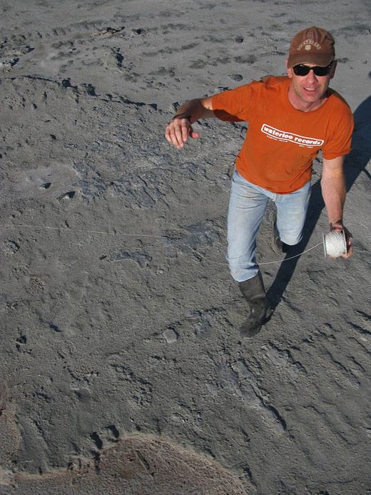 Rand Eppich floats a camera attached to a balloon over Spiral Jetty.