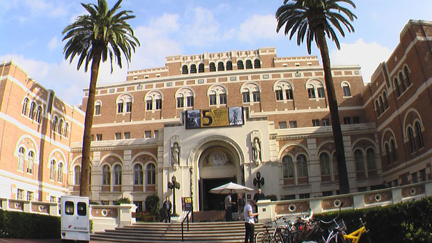 The 5th Annual Archives Bazaar was held at the Doheny Memorial Library at USC. Photo: Michael Castro