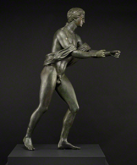 Post-conservation photo of Apollo as an Archer (Apollo Saettante). Soprintendenza Speciale per i Beni Archeologici di Napoli e Pompei—Museo Archeologico Nazionale, Naples