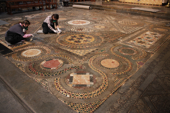 Website Offers Insider's View of Westminster Abbey's Cosmati Pavement Conservation Project