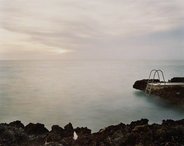 <em>Bahía de Cochinos (Bay of Pigs), Site of the April 17, 1961, CIA-Sponsored Invasion by Cuban Exiles</em>, Virginia Beahan, 2004. Chromogenic print, 34 x 41 in. Wilson Centre for Photography. © Virginia Beahan