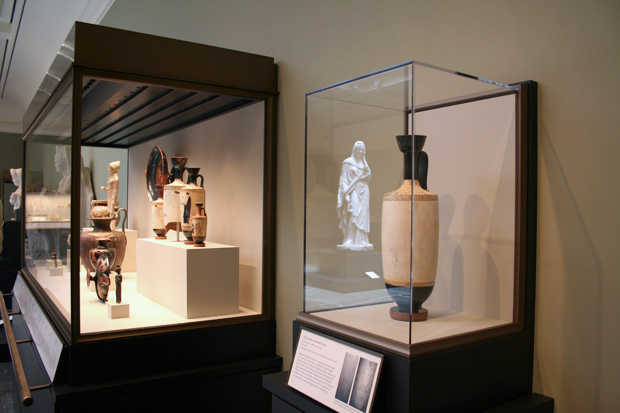 The new lekythos as installed in Women and Children in Antiquity (Gallery 207) at the Getty Villa