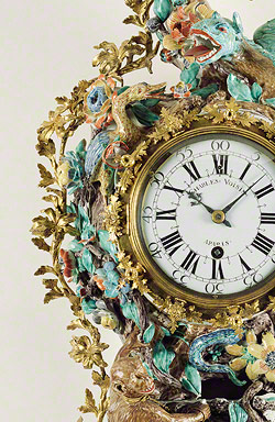 Wall clock (pendule d'alcove) / movement by Charles Voisin and the Chantilly Porcelain Manufactory