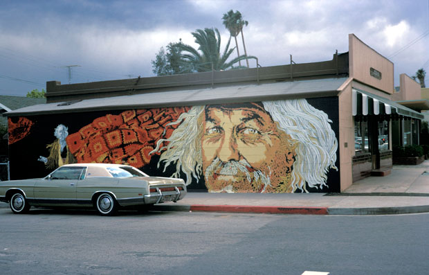 Strother Martin Monument mural by Kent Twitchell, 1971 / photographed in 1973