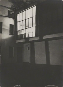 Moholy&#039;s Studio Window around 10 p.m. / Lyonel Feininger