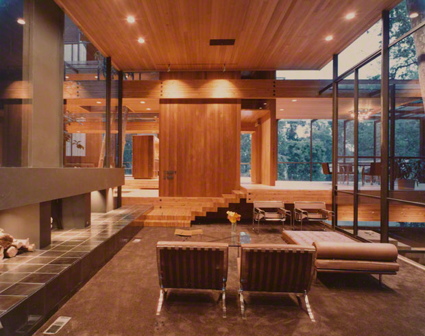 Sultan residence (interior), Los Angeles, California. Kahn, Kappe, and Lotery, architects. Photo: Julius Shulman