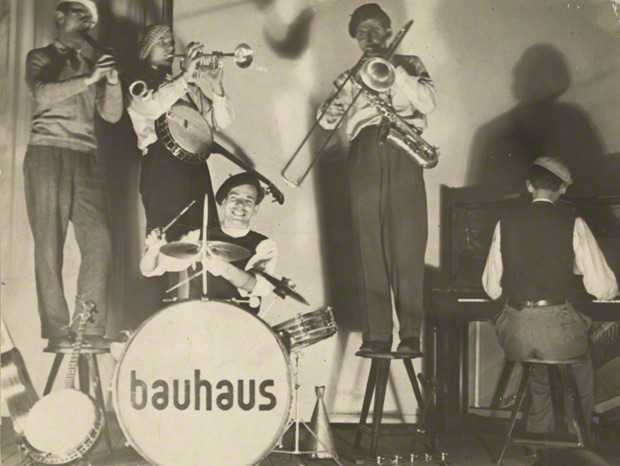 Bauhaus Band Performing / T. Lux Feininger