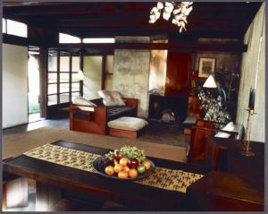 Schindler House (Los Angeles, Calif.), interior, 1987. © J. Paul Getty Trust. Used with permission. Julius Shulman Photography Archive, Research Library at the Getty Research Institute