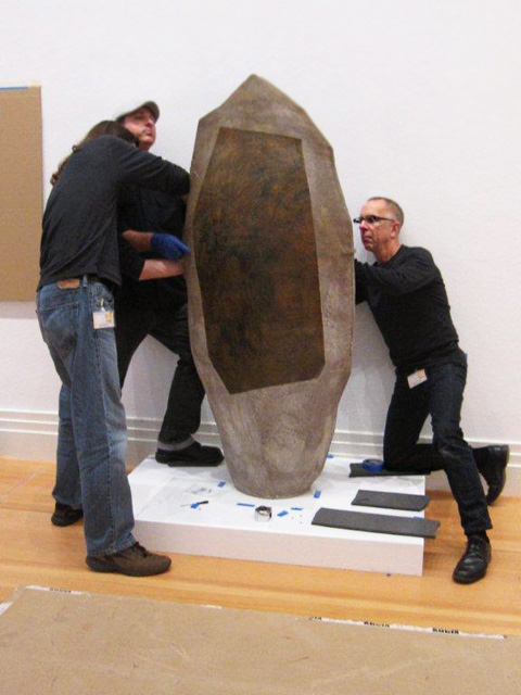 Conservators and preparators from the J. Paul Getty Museum install John Mason's 1957 sculpture Vertical Sculpture, Spear Form at the Martin-Gropius-Bau