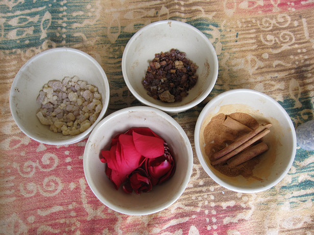 Frankincense tears, myrrh, stick cinnamon, and rose petals