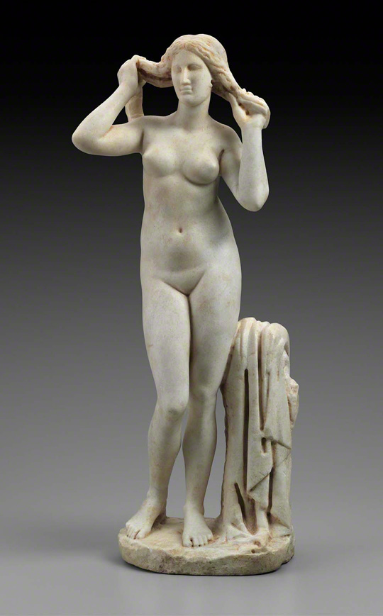 Statuette of Aphrodite Wringing Out Her Hair / Greek or Roman