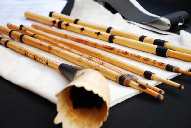 The benas, a single and double Sardinian reed clarinet