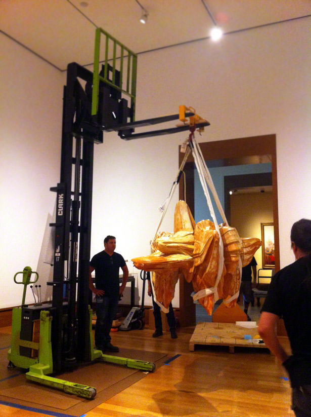 Installation of Tony Cragg's sculpture Mental Landscape