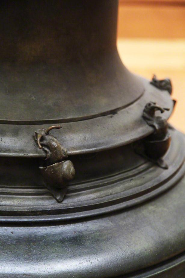 Vase - detail of cast-bronze snails / Jean-Désiré Ringel d'Illzach