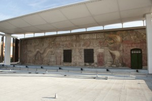 América Tropical after conservation in 2012. Mural: © ARS, New York / SOMAAP, Mexico City (c) J. Paul Getty Trust
