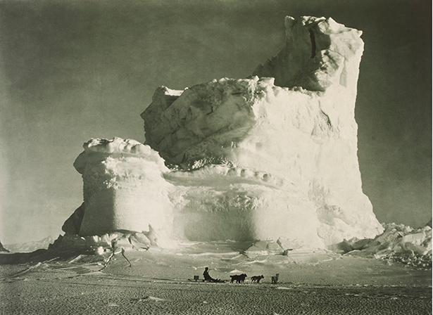 Scott's Last Expedition, The Castle Berg / Herbert George Ponting