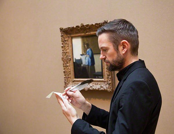 Steve Gemmel in the galleries with Vermeer's Woman in Blue