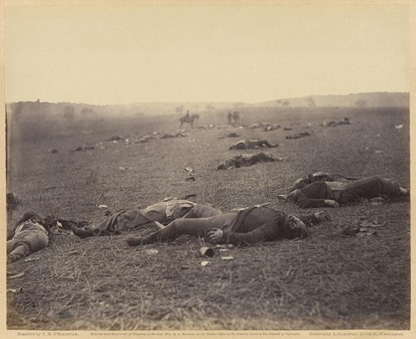 A Harvest of Death / Timothy H. O'Sullivan