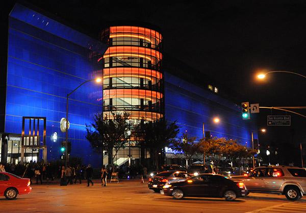 Cesar Pelli's Pacific Design Center
