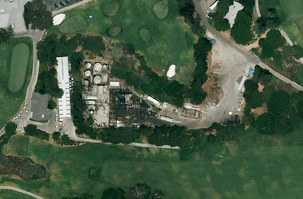 Oil wells at Hillcrest Country Club