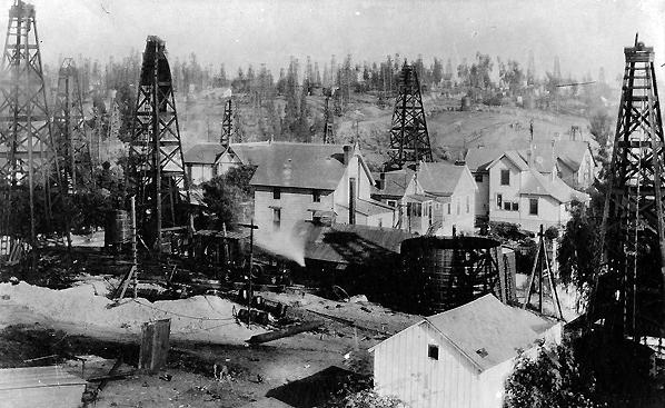 Oil wells in L.A., 1905