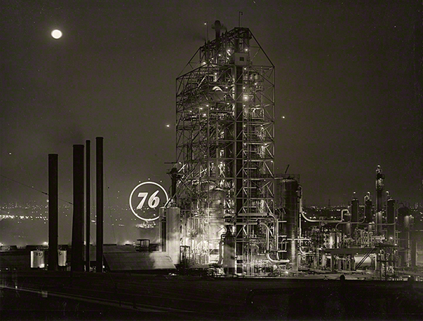Union 76 Refinery at Night / Connell
