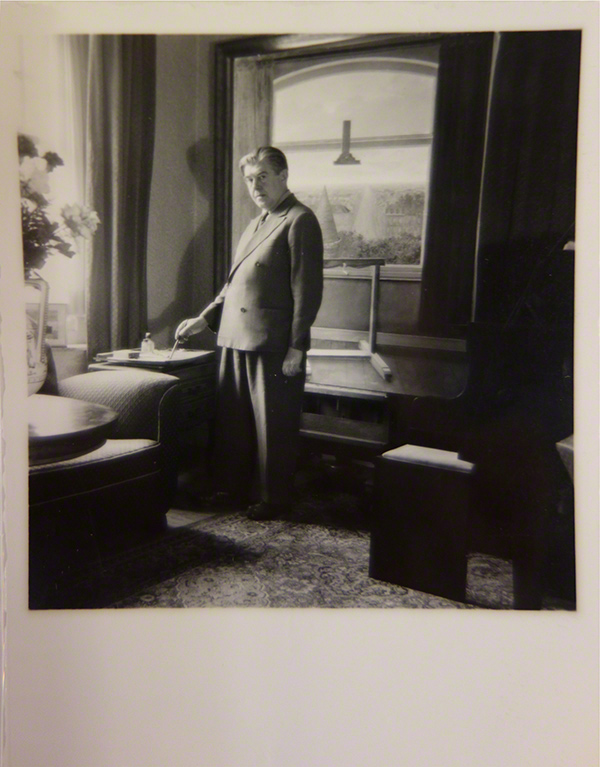 Photo of Rene Magritte painting Les Promenades d'Euclide, 1955