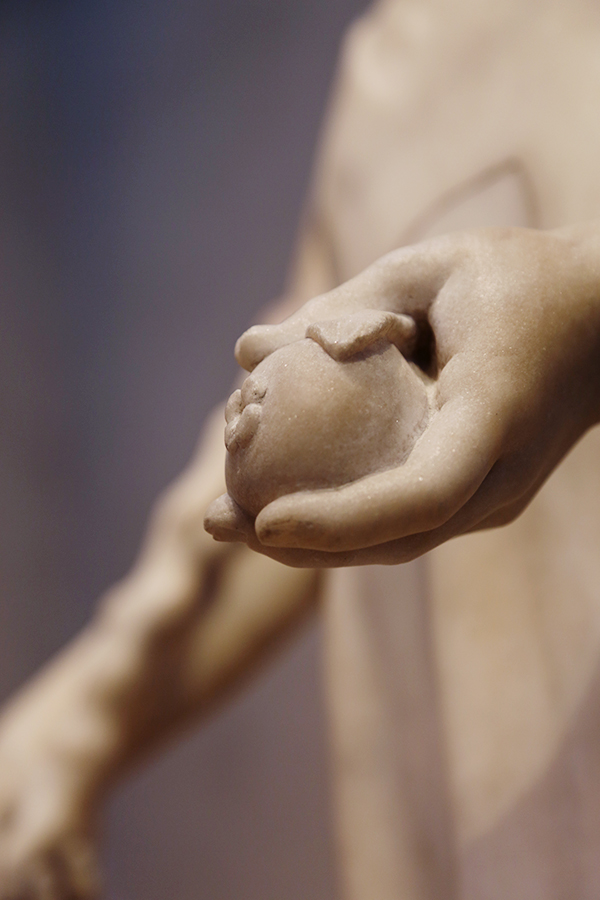 Detail of Paris's hand holding an apple / Roman with 18th-century additions