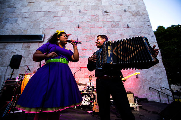 La Santa Cecilia at Saturdays Off the 405 at the Getty Center