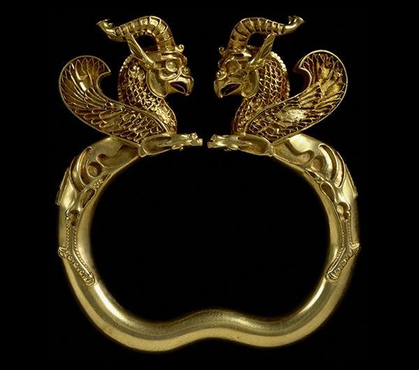 Armlet with Griffins / Achaemenid
