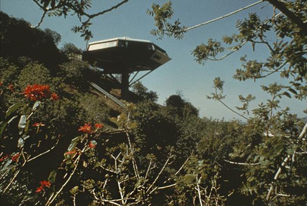"""Malin House (""""Chemosphere"""") / John Lautner"""