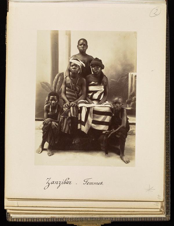 Women from Zanzibar, plate 45 / Edouard Foa