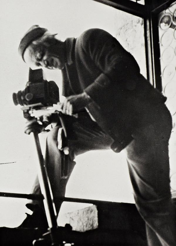Max Hutzel at work