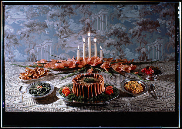 Frankfurter dish display for the Southern California Gas Company, 1945