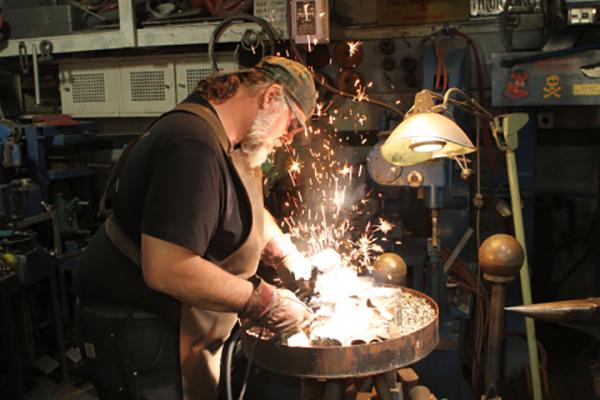 Blacksmith Tony Swatton in action