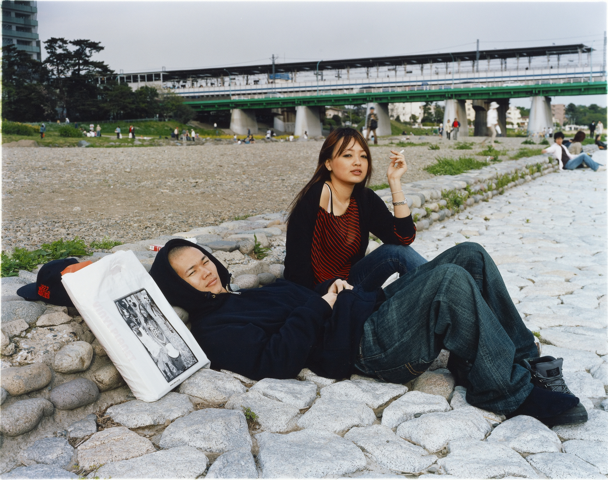 Picnic #34, 2005, Masato Seto. 16 15/16 x 21 7/16 inches. J. Paul Getty Museum. Purchased with funds provided by the Photographs Council. © Masato Seto - See more at: http://blogs.getty.edu/iris/?p=19524&preview=true&preview_id=19524&preview_nonce=3c13e75aeb#sthash.F66nqPWm.dpuf