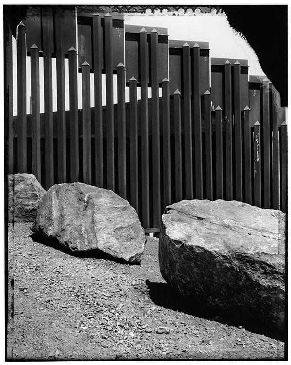 Border wall at San Luis, Arizona / Maurice Sherif