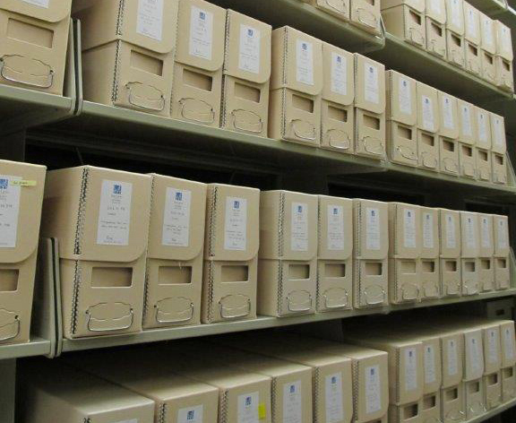 Correspondence files of the Knoedler archive, stored in archival boxes