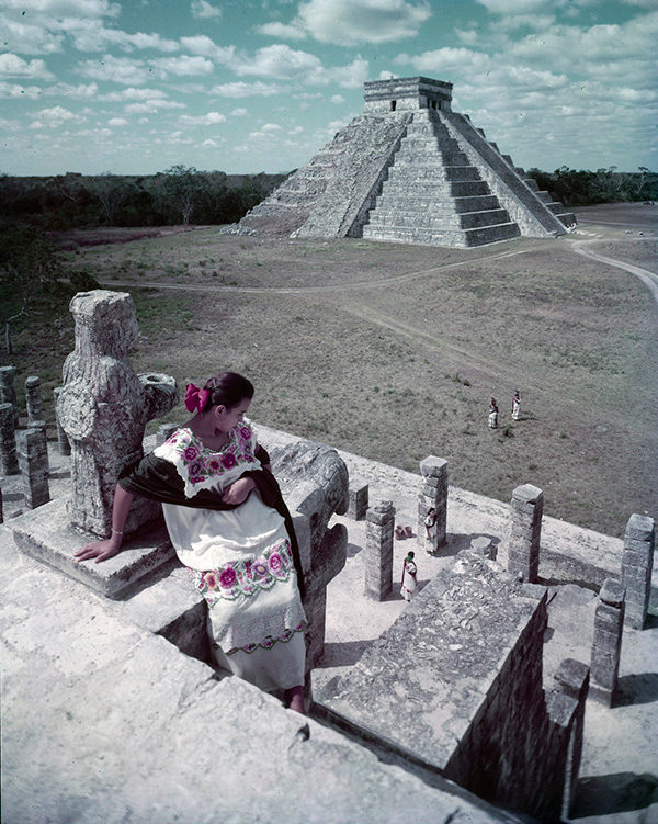 Where Is Yucatan? Julius Shulman at Chichen Itza