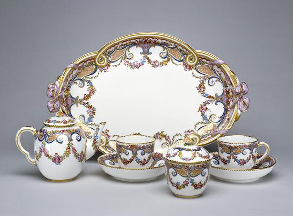 Tea Service / Sevres Porcelain