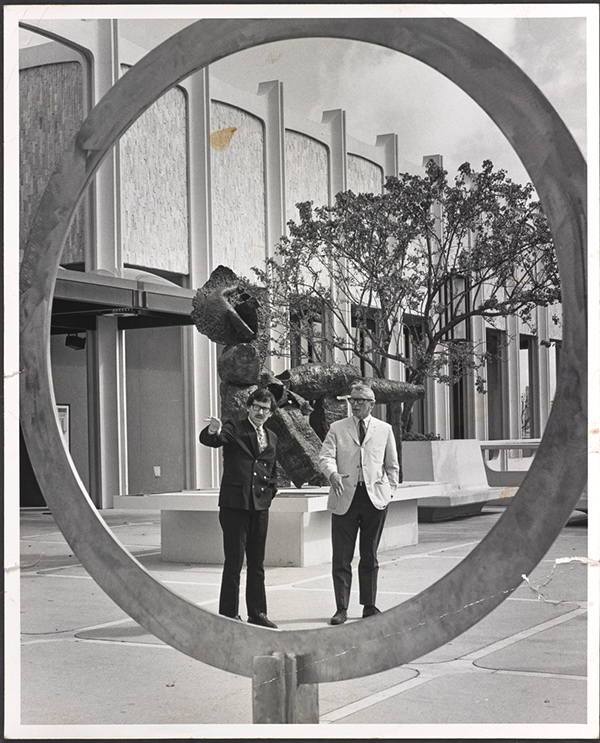 Maurice Tuchman and Henry Hopkins at LACMA, 1967