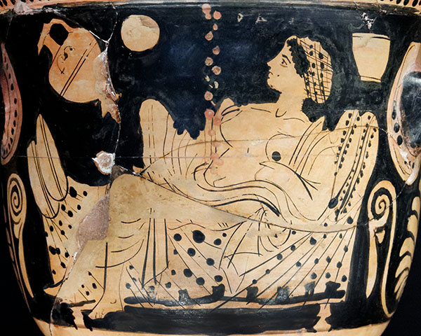 Red-figure krater with Danaë (detail), Greek, ca. 450–425 B.C. Terracotta, 23 cm high. Louvre Museum, Department of Greek, Etruscan and Roman Antiquities. Source: Wikimedia Commons