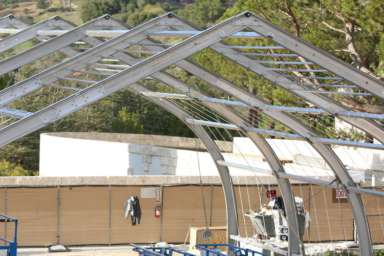 Aluminum arches of the Getty replica cave structure during construction