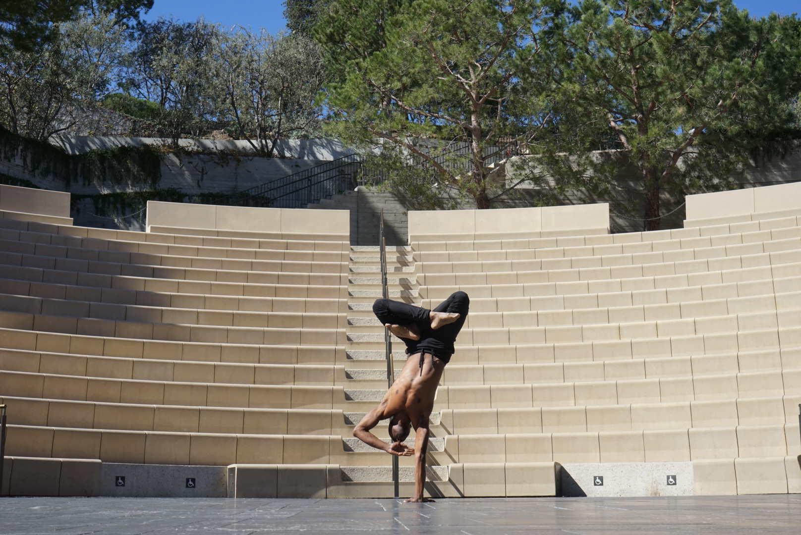 Lamonte Goode at a #CamerasandDancers meetup at the Getty Villa