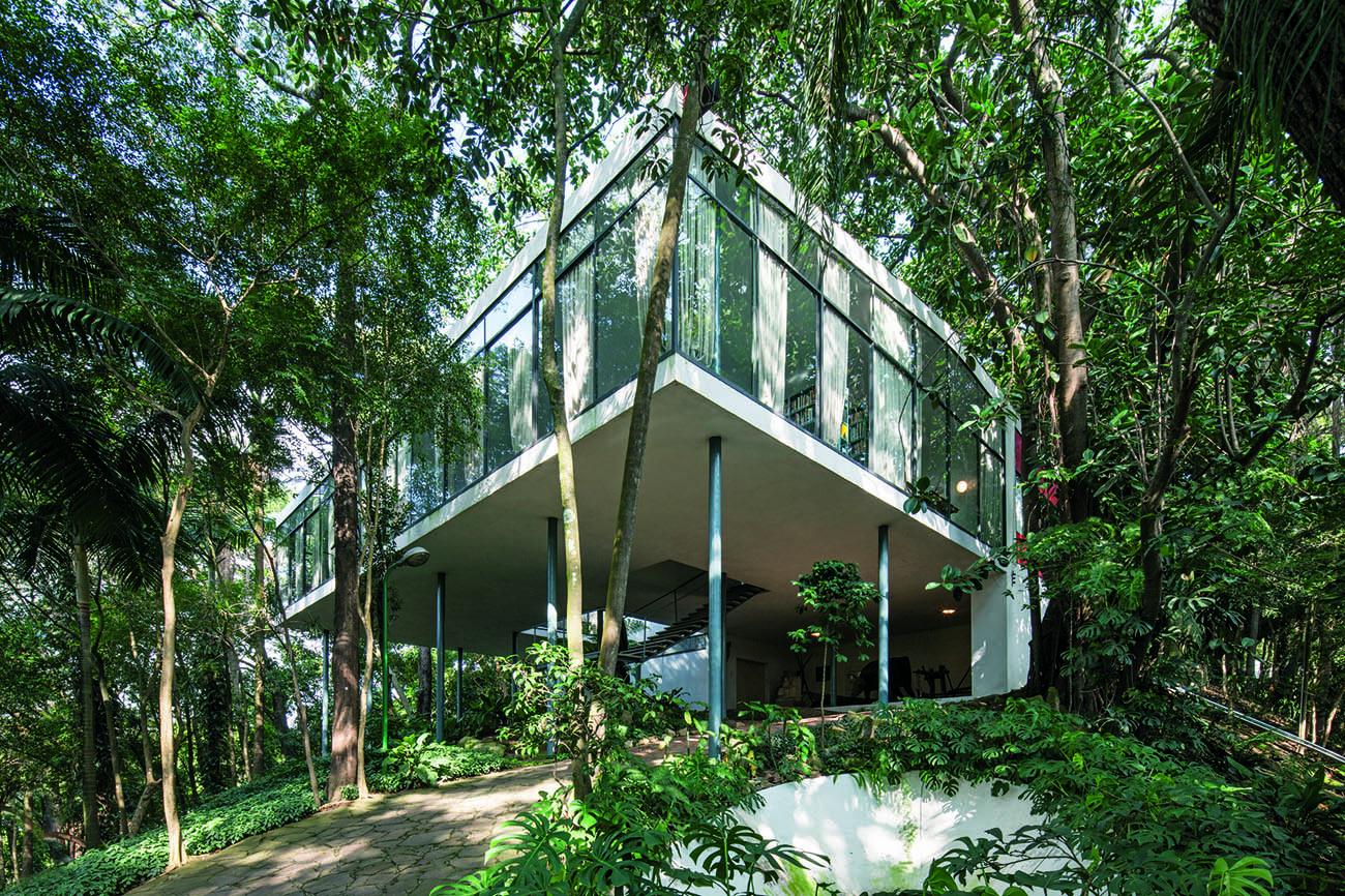 Exterior of Lina Bo Bardi's Casa de Vidro in Brazil.