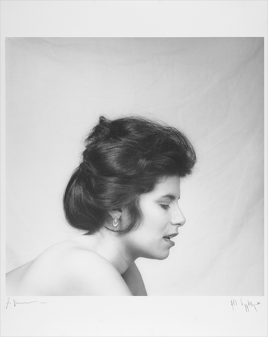 Black and white portrait of Veronica Vera in profile