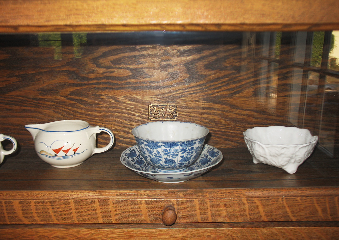 Chinese blue-and-white porcelain bowl and dish