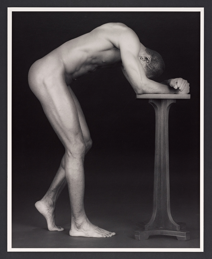 Thomas On A Pedestal / Robert Mapplethorpe