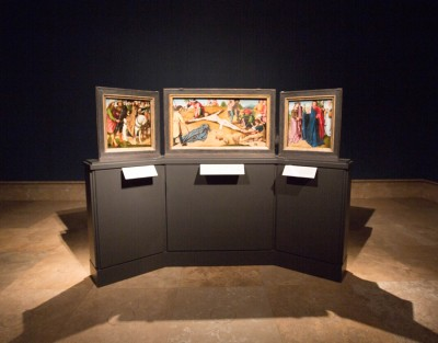 Installation view: Christ Nailed to the Cross triptych / Gerard David