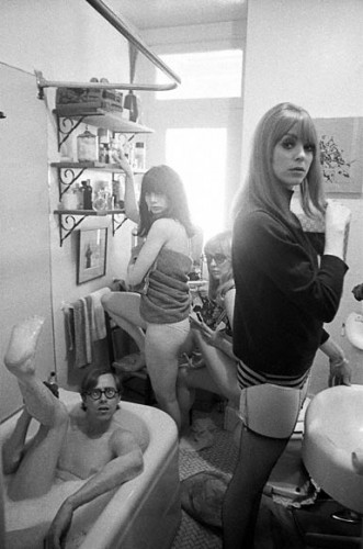 Bruce Conner (in tub), Toni Basil, Teri Garr, and Ann Marshall